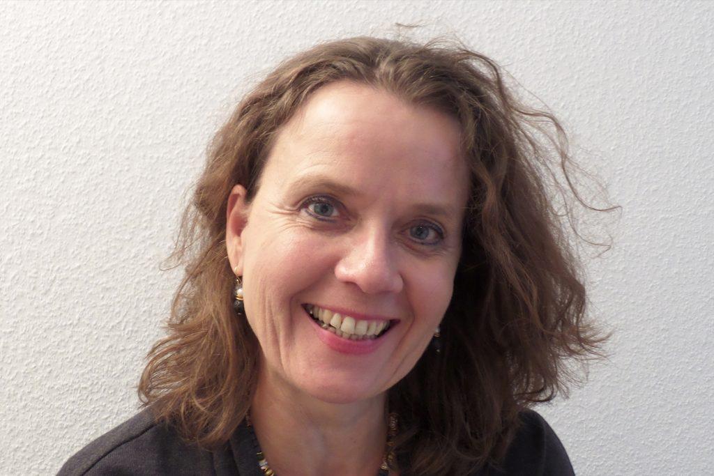 Portraitbild von Frau Menrad-Barczok